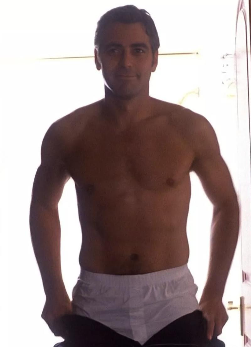George-clooney-shirtless-underwear-boyculture-mr-man