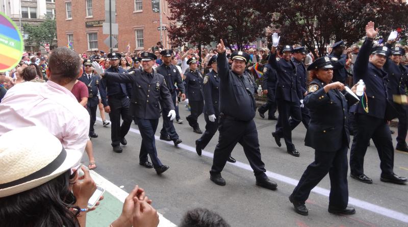 GAY-COPS-NYC-PRIDE-MATTHEW-RETTENMUND