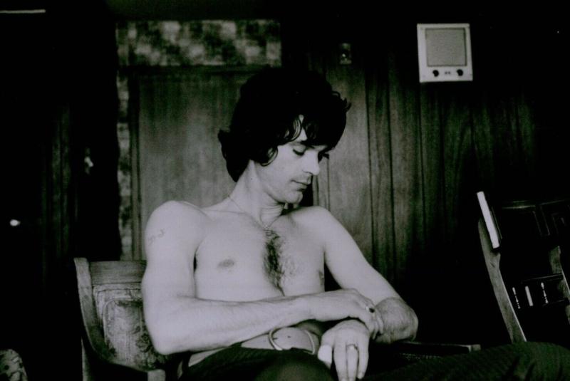 Bj-thomas-shirtless-boyculture