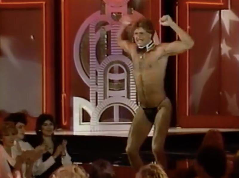 Great-american-strip-off-shirtless-boyculture-gr8erdays